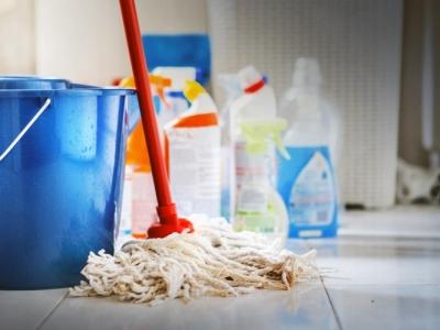 라이카트 지역 새벽 슈퍼 청소